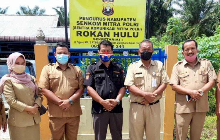 Kesbangpol Kunjungi Sekretariat Senkom Mitra Polri Kabupaten Rokan Hulu