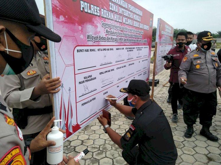 Sekali Mendayung Dua Tiga Pulau Terlampaui Ala Senkom MP RokanHulu