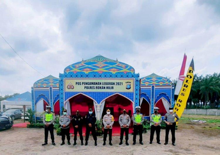 Senkom MP Kabupaten Rokan Hilir Rayakan Lebaran Di Pos Pengamanan Lebaran 2021